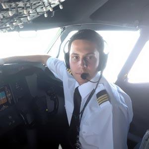 Ernest Vallbona, Comandante en Ryanair. CESDA