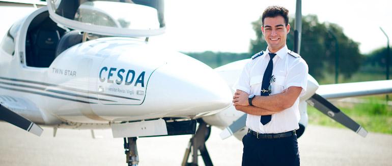 CESDA. ¿Cuánto gana un piloto de avión?